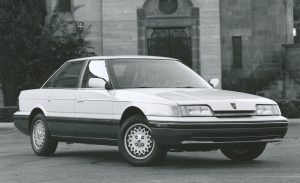 1990-sterling-827sl-photo-260202-s-986x603